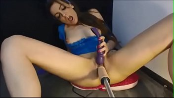 vintage machines sex Kee tranny delivery girl fucked