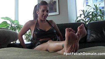 worship grace feets alexis Pale big booty raped
