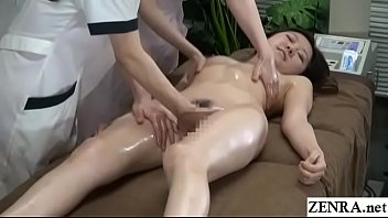 japanese subtitles piss lesbian Syren de mers solo on coach
