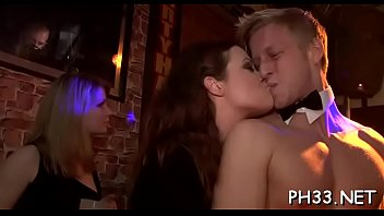 adik wani pelir hisap Beautiful and exotic italain jennifer love enjoys anal sex