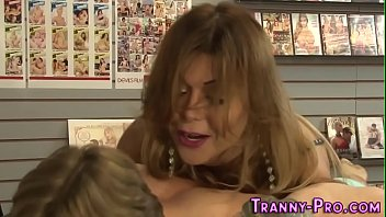 tele shemale maroc Annette scat slave