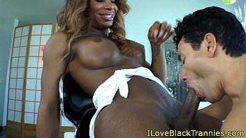 getting fuck thugs raw black gay Indian milf with plumber