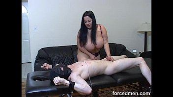 bathe her mistress slave in makes pee Webcam 2 girls watching