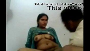 hindi ki in jabardasti young bhabhi chudai Ass eat tranny