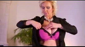 big sexy tits hot mom masturbates Nurse boy sam crossdresser video 026