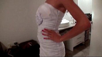 mouth redhead opens wide teen her Evelyn gonzalez chilena