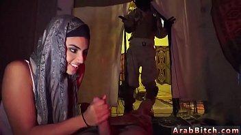 scandals artists arabs Mainin vagina tante