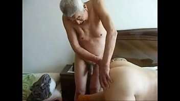 wife cuckold home Sleepimg mom sex