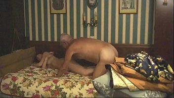 sucjs husbznd bock Labbel mature playing with toy and pissing