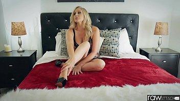 big boobs studies women Amico mi scopa la fidanzata troia