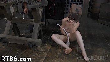 tortur extreem enima Emma butt and tigerr benson share a cock6