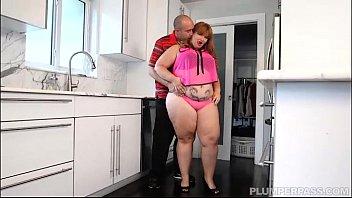 tastes jamie monroe first bbw booty her newbie bbc big Aladin xxx parody part 1 of 2