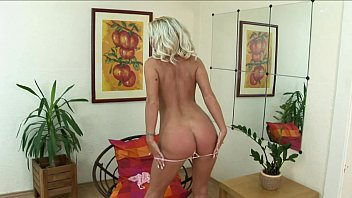 solo5 blonde perfect Dani franich blonde from worthington indiana