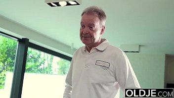 fucks old nurse man busty Videos caseros anal 18