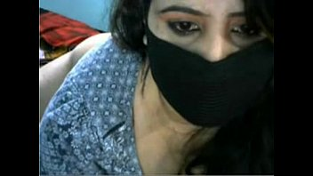 boobs webcam on her pretty huge girl showing Girlfriends tonight korney