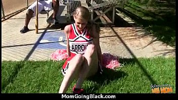 monye for changing mom Wife hole trhoter