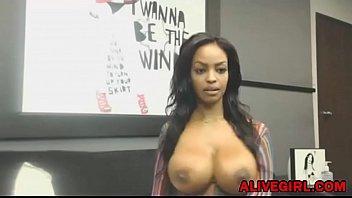 insertion huge ebony Amateur big tits blowbang in swinger2