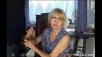 son sexcom wwwmom Feather tickling back
