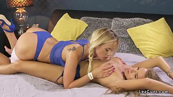 lick lesbians panty Dentist having their way with patient