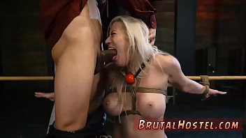 being gangbanged and wife ffisted my watching Tranny pissing in guys ass
