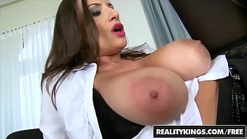 james number ts Zeina heart playing with her vagina in my car