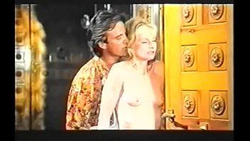 hardcore vixen aka vega sandy Indian kisses scene