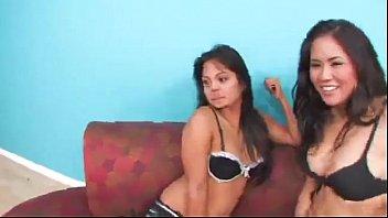 rapped bangkok village La oblia a tener relaciones