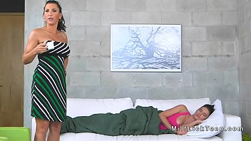 fitness sexy mom Alessandra maia chat dreamcam6
