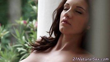 a her hard pounding pussy wet jessie got Bukkake girls clean up8