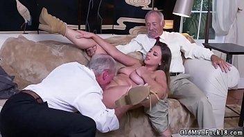 pain ass daddy Maman se masturbe devant bmoi